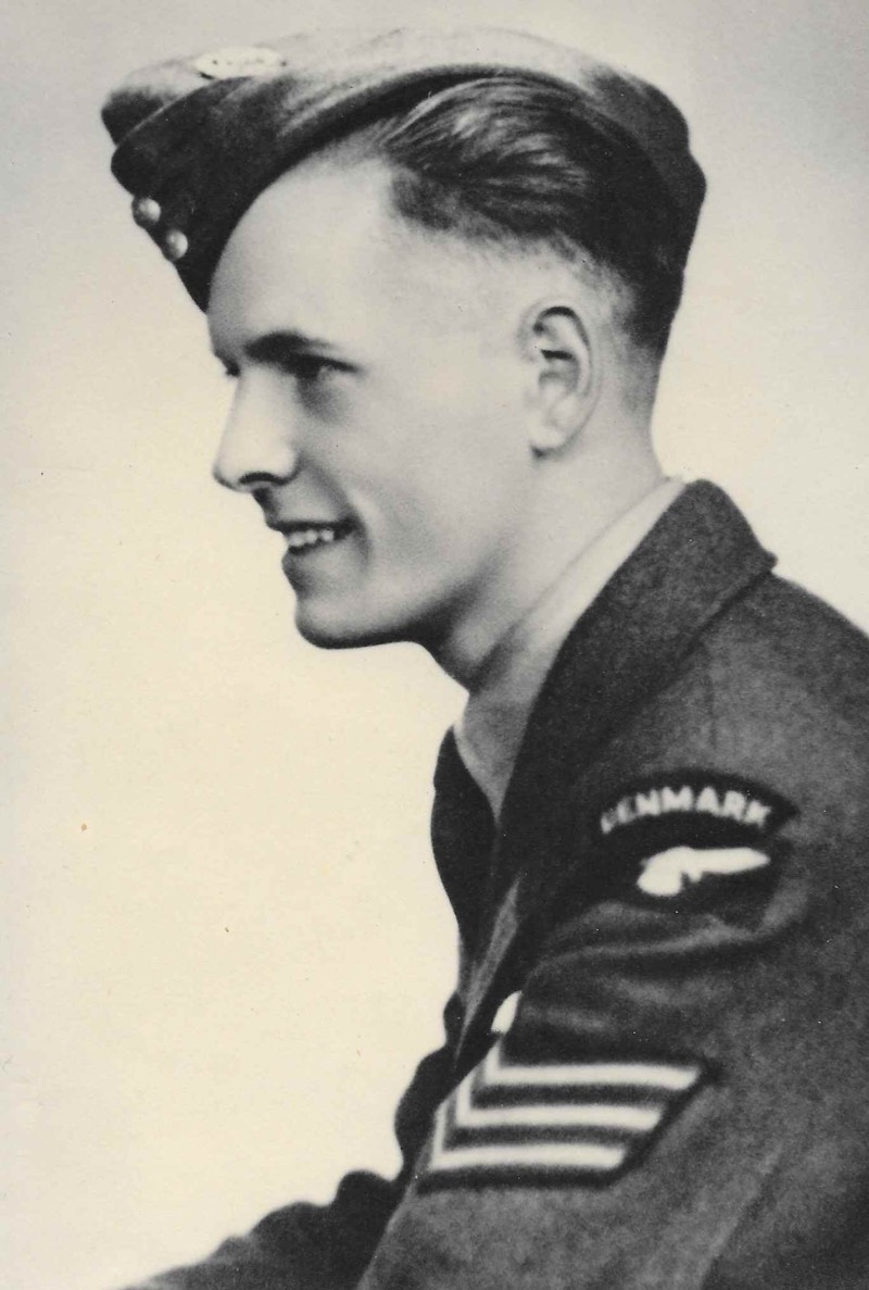 Erik Flohr Jacobsen in his Royal Air Force uniform and wearing the 'DENMARK' shoulder title. © The Jacobsen family collection